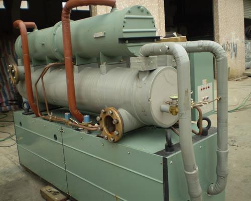 日立螺杆冷冻机图-日立冷冻机_螺杆式冷冻机工作原理