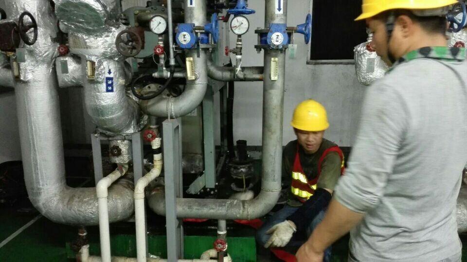 中央空调冷却塔日常维护方法